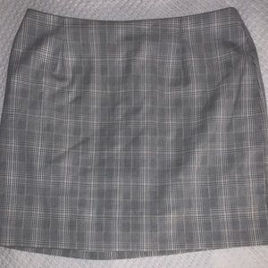 Plaid skirt, double lined, above the knee